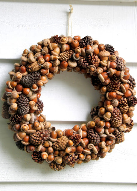 Gathered fall wreath with pinecones and acorns