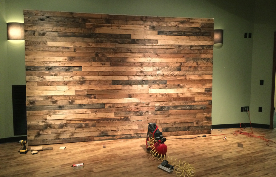 How To Distress Wood Create A Faux Pallet Wall Time