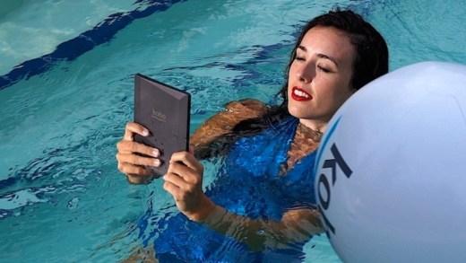 KOBO Aura One – La liseuse étanche pour lire dans les vagues ?