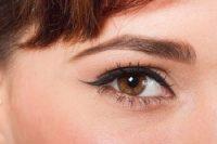 Augenbrauen frben  Schritt fr Schritt Anleitung