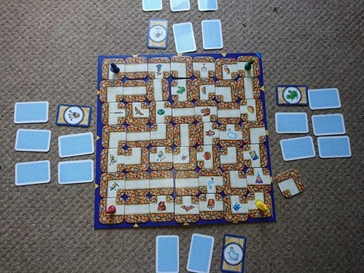 Labyrinth by ravensburger lay out