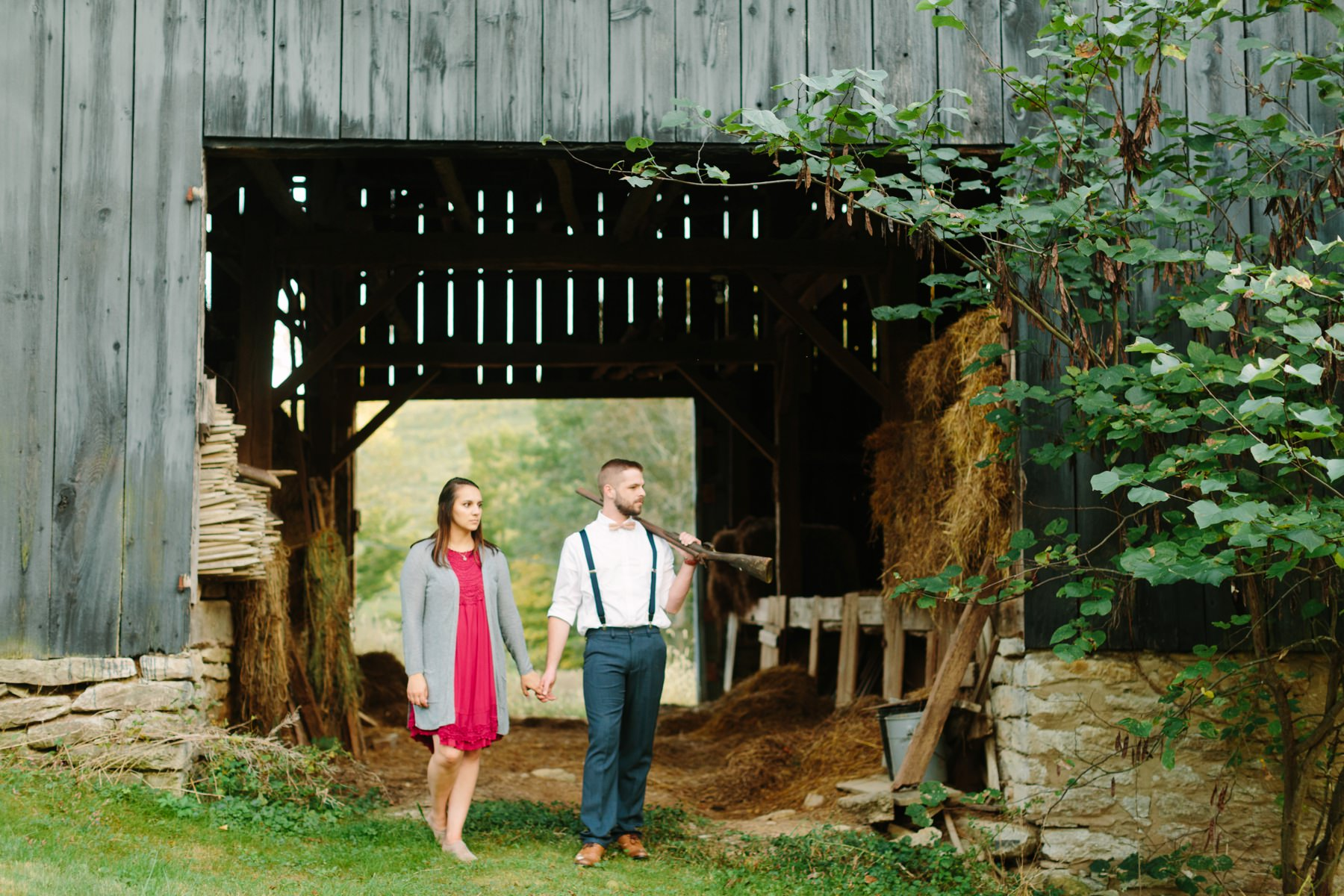 Tire Swing Photography | Kentucky Farm Engagement Session_0037