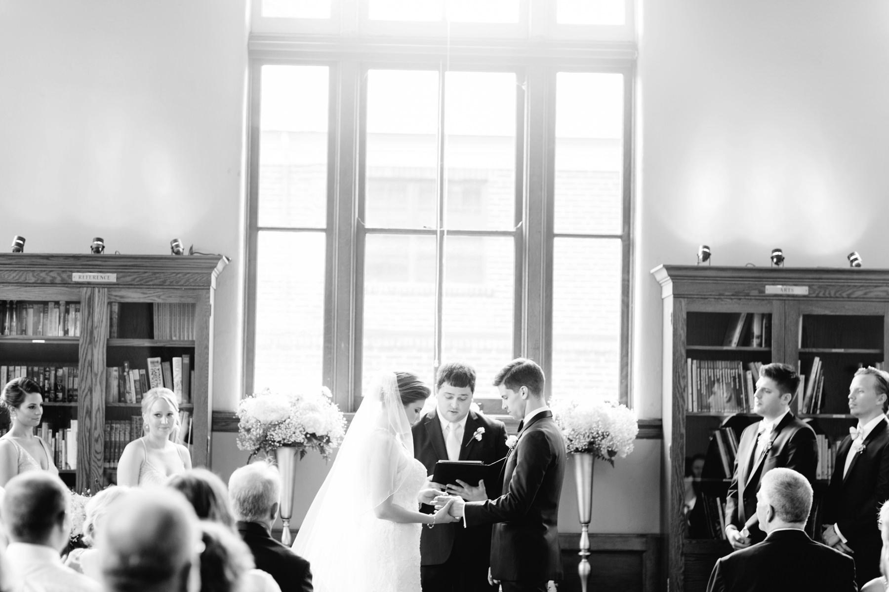 Tire Swing Photography | Carnegie Center of Columbia Tusculum Wedding_0026