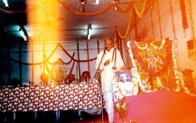 Rare Photo Of Sriram Sir