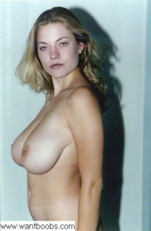 laura lion big tits dd