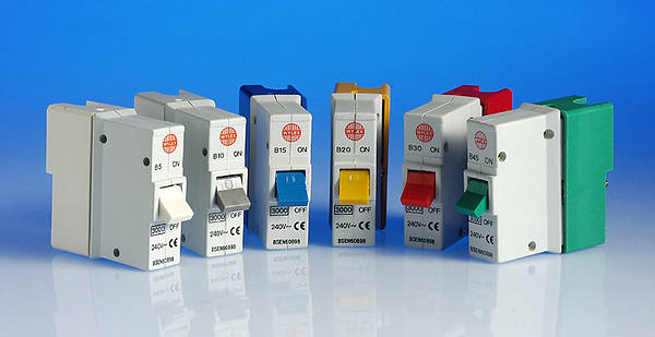 Is wrapping a 30 amp fuse in aluminum foil dangerous? DIYnot Forums