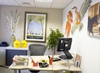 Pimp your office: Best ways to decorate a work place - TNT ...
