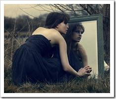¿Volvemos a mirarnos en nuestro espejo?