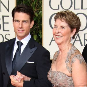 Tom Cruise with her Mother