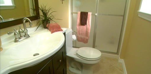 How to Remodel a Small Bathroom on a Budget Todayu0027s Homeowner - bathroom remodel ideas on a budget