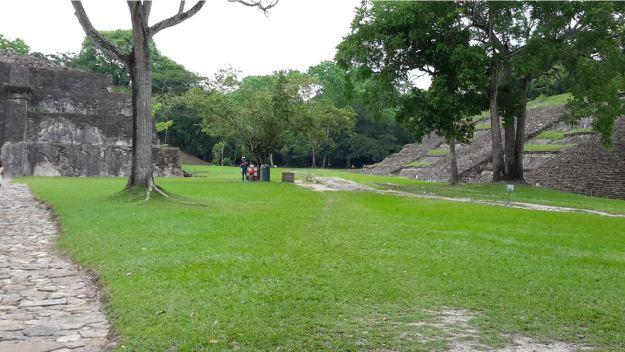 zona-arqueologica-tajin12