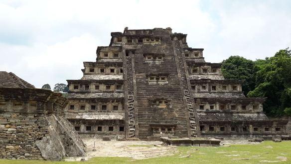 zona-arqueologica-tajin14