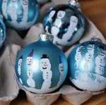 Adornos de navidad para niños: colgantes con huellitas