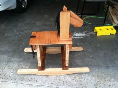 como hacer un caballo de madera