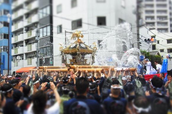 富岡八幡宮水掛け祭り