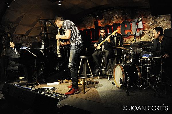 08_DIEGO AMADOR trio (©Joan Cortès)_23gen13_Jamboree