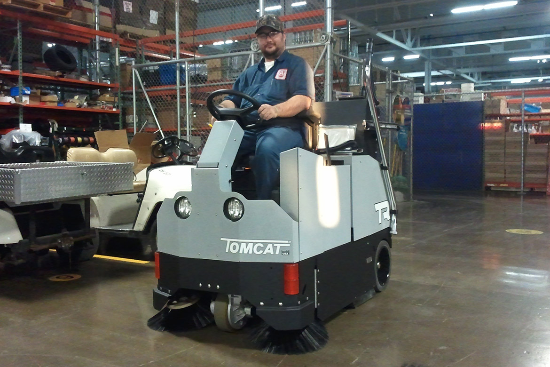 Ride On Floor Sweeper Industrial Steam Cleaners Uk Tomcat