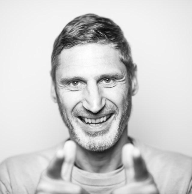 Fotograf Tommy Seiter lachend