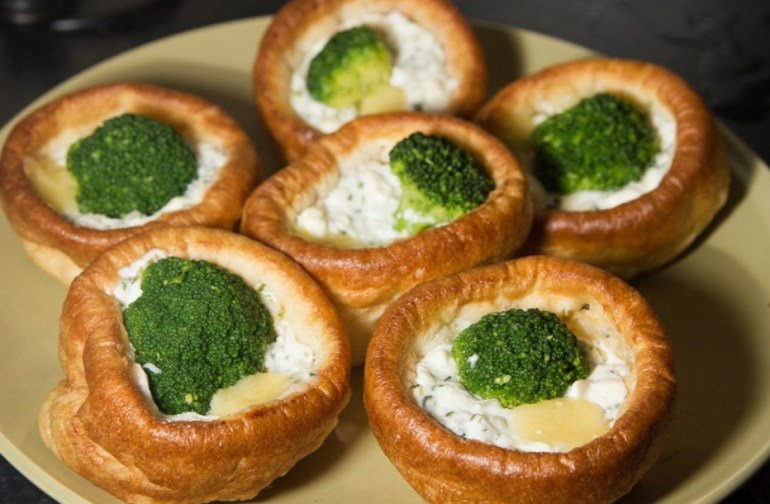 Top 10 ways you can enjoy yorkshire puddings for Yorkshire pudding canape