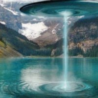 Geologists Witness Disc UFO In Canada