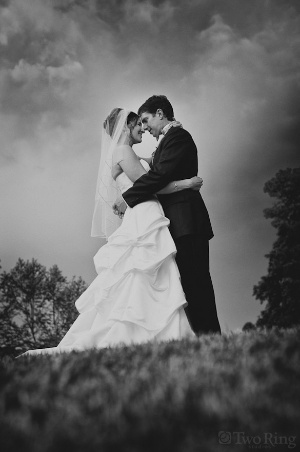 Romantic And Dramatic Black-And-White Wedding Photography - wedding photo black and white