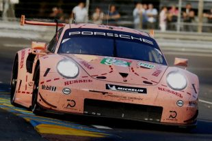 """""""Die Sau"""" gewinnt in Le Mans © Porsche AG"""