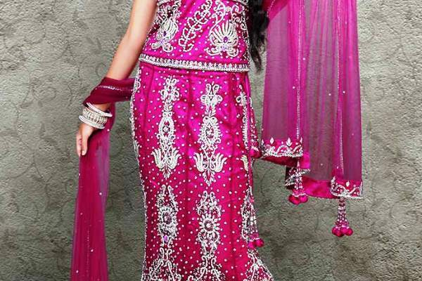 Fishtail_Gharara_Indian_design_2013