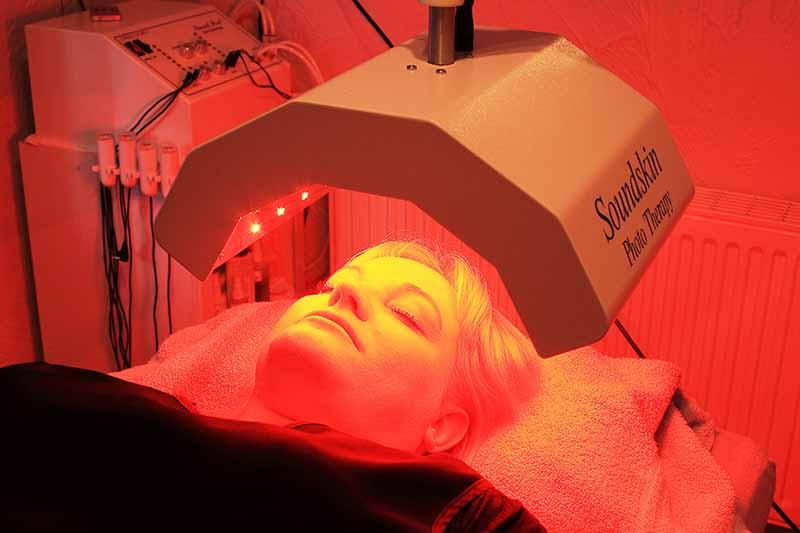 blue-light-acne-treatment-8