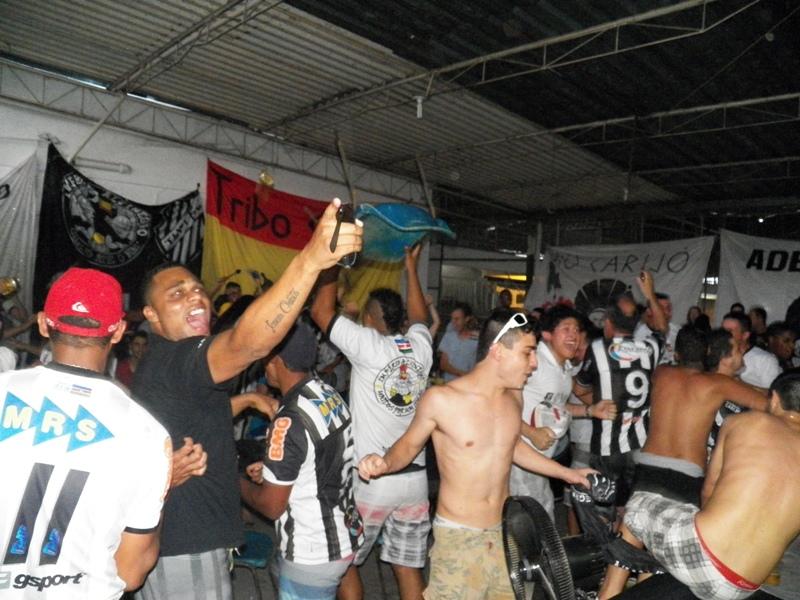 Tupi perde, mas gol fora dá esperanças: 2 a 1 Papão