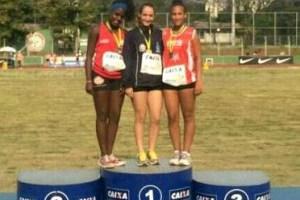 Atleta Raphaela Diesse obteve a marca de 34,37 metros no lançamento de dardo (Foto: Arquivo Pessoal)