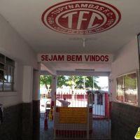 Baeta aguarda transação de Danilo, diz que prioridade é pagar funcionários e convoca sócios a voltar