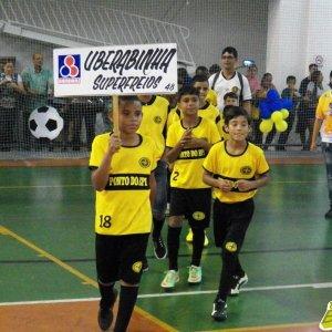 Copa Prefeitura Bahamas de Futsal 2015: foto do desfile de abertura (Arquivo Toque de Bola)