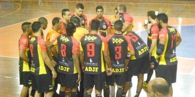 Carlos Dias enalteceu o poder de reação da equipe na partida