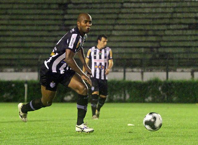 Entra-e-sai carijó: Rafael Jataí é mais um a deixar o Tupi em meio ao campeonato