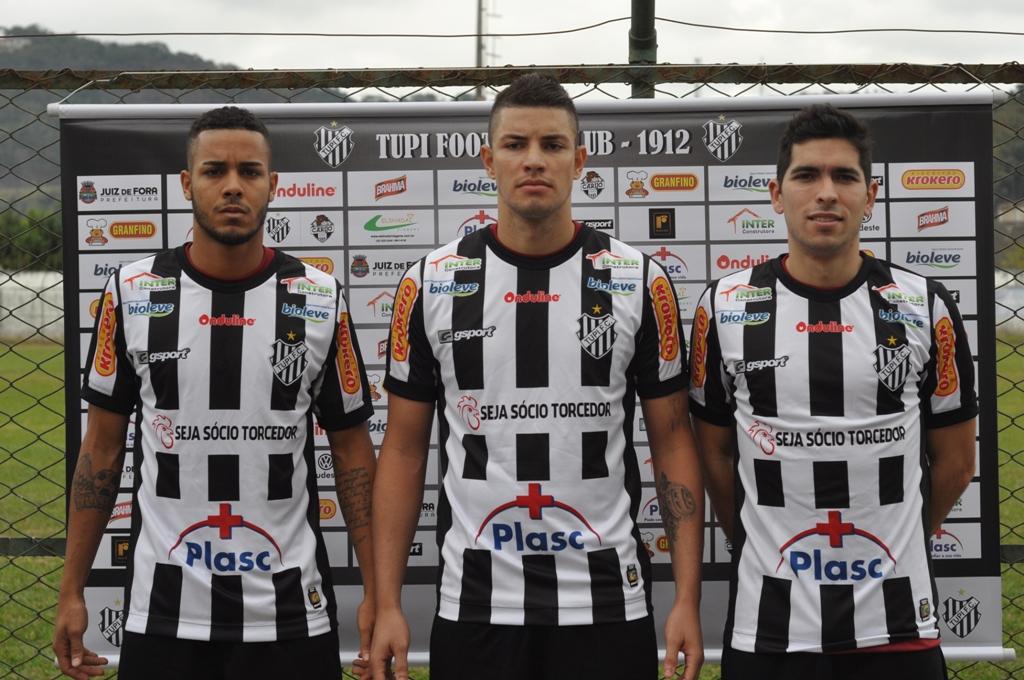 """Entre """"altas e baixas"""", Tupi recebe Atlético-GO às 16h,  no Estádio Mário Helênio"""