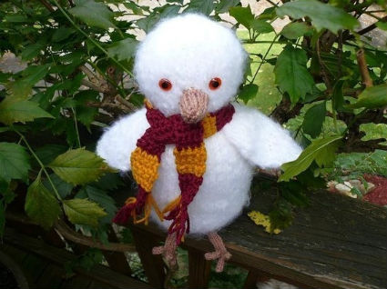 Tiny Knitted Hedwig