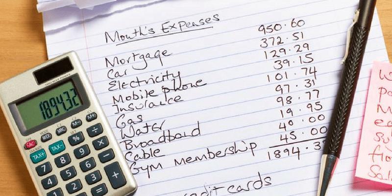 keeping a budget worksheet
