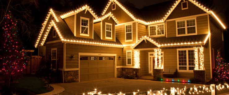 outdoor home christmas decorating ideas - Rainforest Islands Ferry - christmas decorations outside