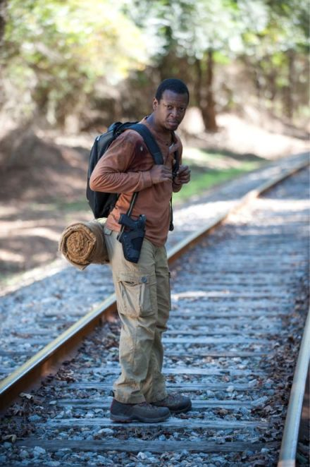 the-walking-dead-alone-bob-stookey