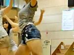 【学園盗撮動画】女子校生のダンスパフォーマンスで着衣巨乳JKの乳揺れがスゴイとYouTubeで話題ww