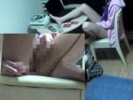【家庭内盗撮動画】妹の部屋に隠しカメラ設置して女もパソコン前でオナニーすることがハッキリとわかったww