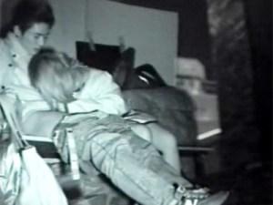 【赤外線カメラ隠盗動画】深夜の公園で野外セックスをする素人カップルを隠し撮りした生々しい映像…