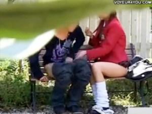 【青姦隠撮動画】名門私立に通うお嬢様女子校生が白昼から公園で野外セックス…望遠カメラで接写撮りww
