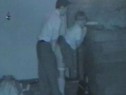 【青姦隠撮動画】援交現場…!?制服を着た女子校生が真っ暗闇の中、中年男性と性行為する様子を赤外線撮りww
