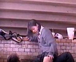 【青姦隠撮動画】橋の下で制服着衣のままセックスをする女子校生…彼氏が仕掛けた隠しカメラで撮影…