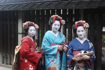 kimono-habits-traditionnels-japon