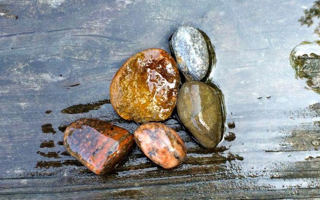Rocks 3 wet