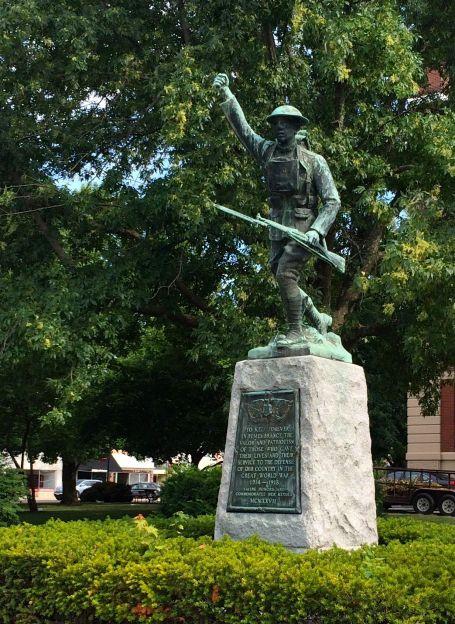 WW I Statue