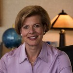 Tammy Baldwin Wins in Wisconsin, is First Out Gay U.S. Senator