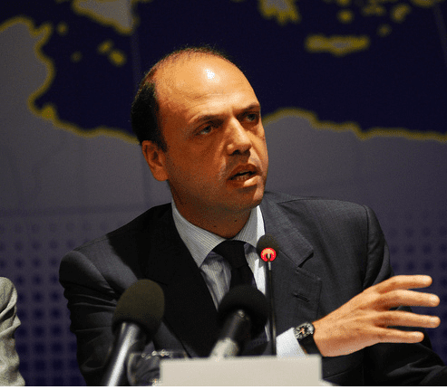 Angelino_Alfano_at_the_EPP_Study_Days_in_Palermo,_2011.